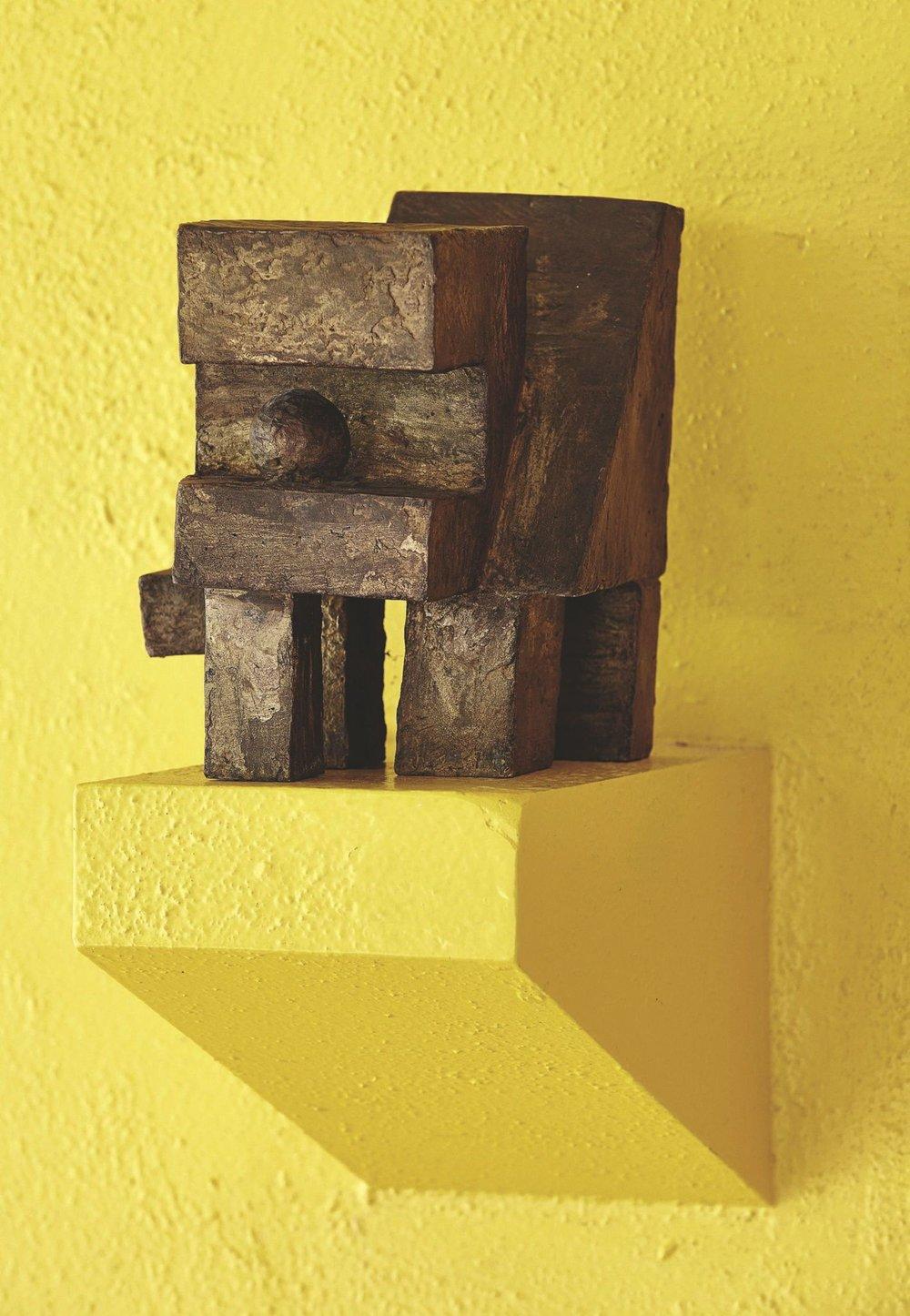 André Wogenscky_une-sculpture-en-bois_5361337.jpg