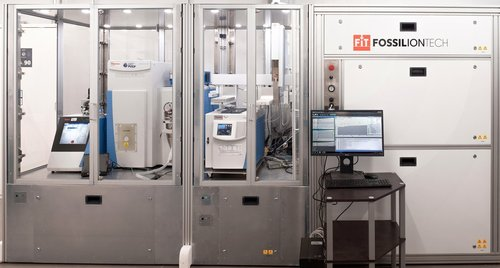 Bring instrumentation where life-science really happens - Turn any room into a usable lab and gain control of your available space