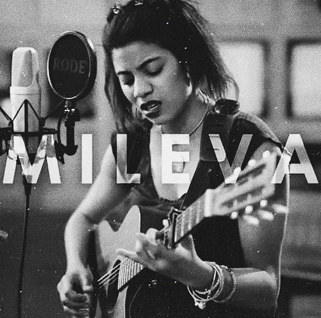 LIVE MUSIC @ ST PAUL.  This Saturday we have the super talented @mileva_corenthin performing for us. Expect a range of classic and modern acoustic covers and soulful originals.  Unfortunately, we aren't taking bookings for Saturday due to a private function, however, we are accepting walk-ins, so make sure to come in early to ensure you have a table . . . #stpaulislington #stpaul #islington #highbury #canonbury #dalston #northlondon #london #livemusic #music #acousticsession #thingstodoinlondon #musiclondon #guitar #singersongwriter #milevacorenthin #weekendinlondon #cafe #wine #food #foodie #acoustic