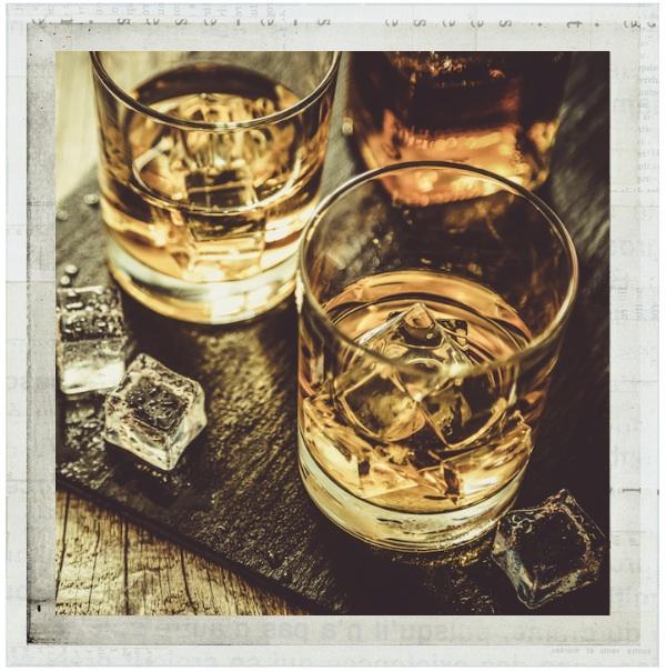 drinks+with+frame.jpg