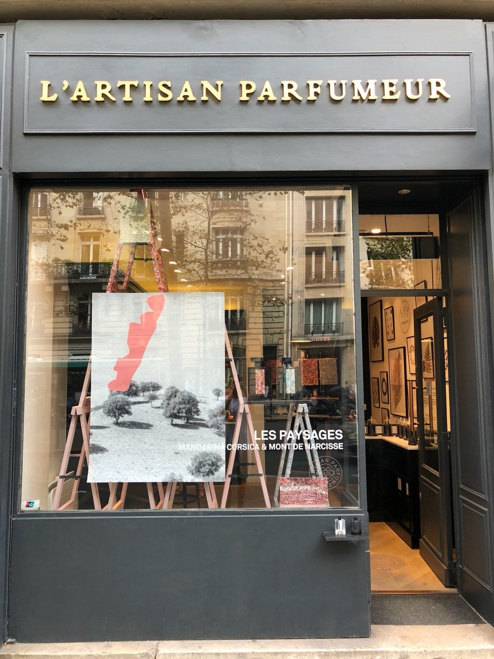 L'Artisan Parfumer Paysages Window at Raspail