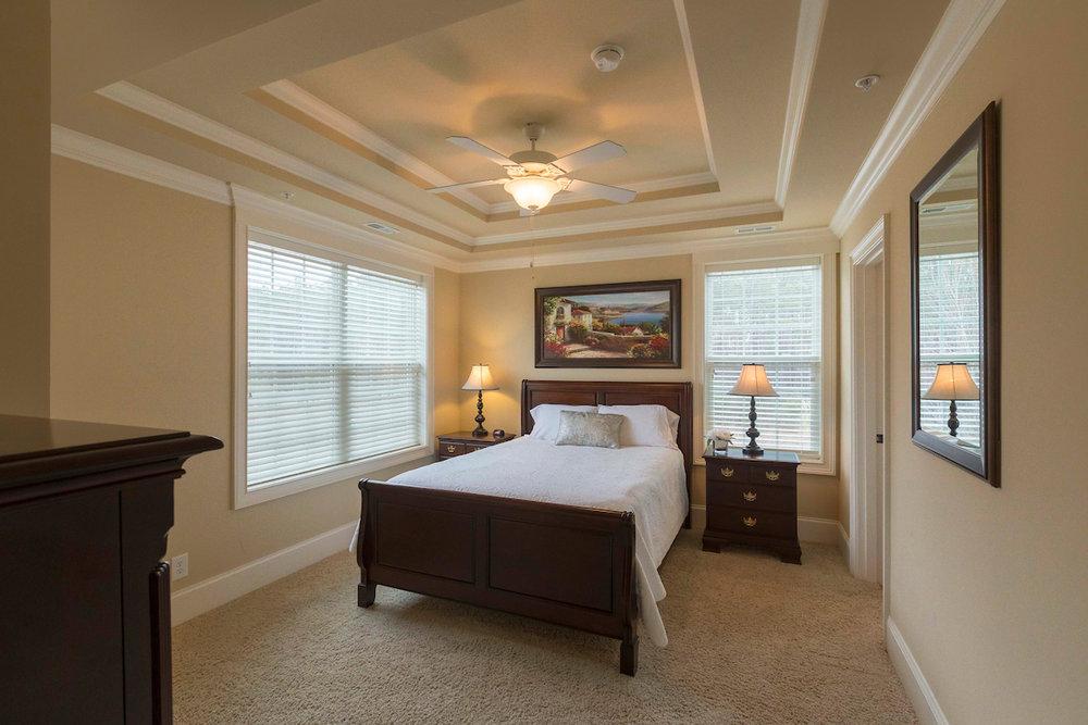bedroom rental.jpg
