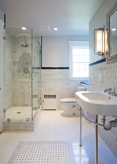 historic_home_vintage_bathroom.jpg