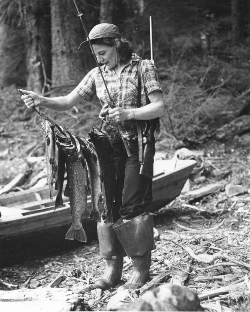 vintage-fishing-10-820x1024.jpg
