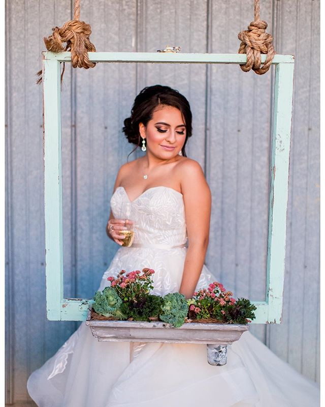 Anything is possible with a little lipstick & champagne 💋🥂 Photo by: @thiswaytofabulous // Styling by: @rachaelsteacyevents // Location: @emersoncreekevents // Model: Jenine // Flowers: @theflowerstudio1701 // Gown: @bellabiancabridalcouture @lazarobridal @lazaro_perez Hair by: Sabrina // Makeup by: Tamara