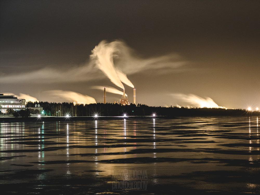 Oulu by night