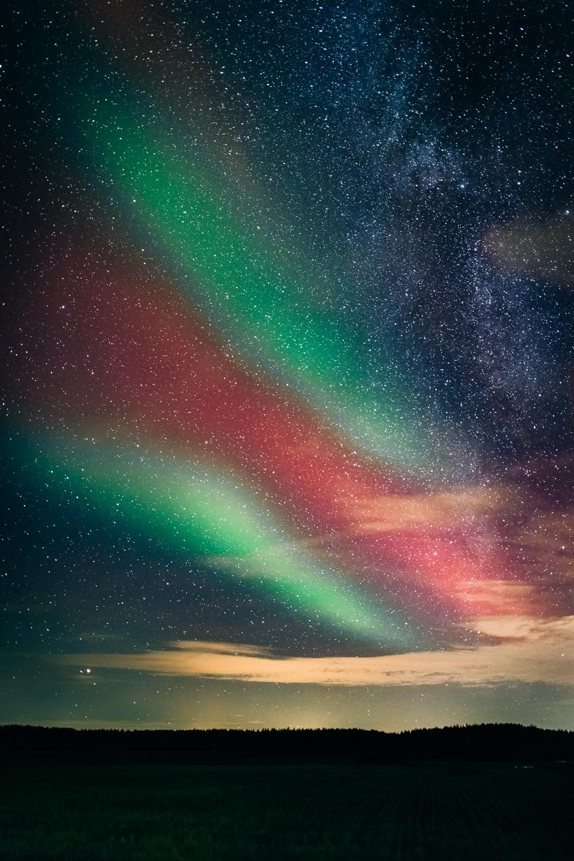 Rare SAR-type northern lights