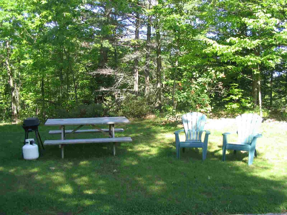 CottageRentalOntario4Outside.jpg