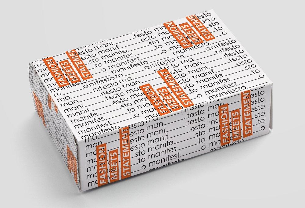 BOXMOCKUP2.jpg