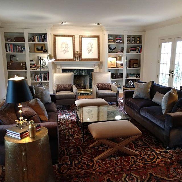 Classic comfort with style!!! #decor #designer #furniture #traditional #lexington#interiordesigner #interiors #style #lighting #traditional #timelessstyle