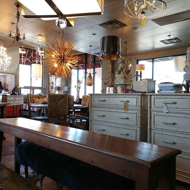 #furniture #lighting #decor#design#chandelier #builder #logcabindecor #wallcoverings #wallpaper#phillipjeffries #arteriorshome #stylish #dwell #dwellmagazine #fabric #fabrics #nobilis #goldentriangle