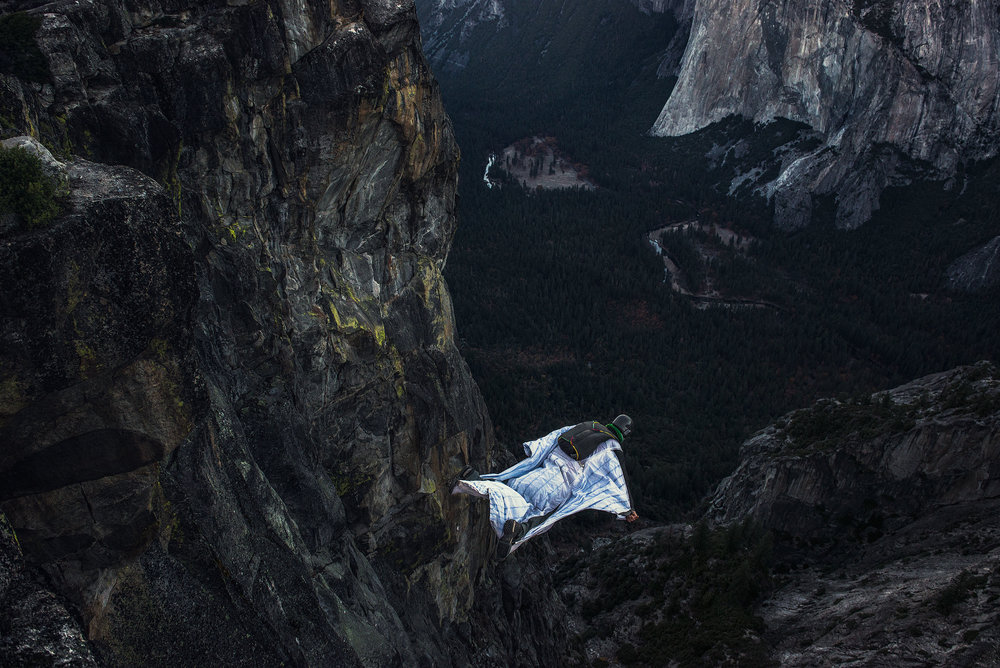 austin-trigg-wing-suit-base-jump-fly-yosemite-lifestyle-california-adventure-thrill-seeking-taft-point-valley.jpg