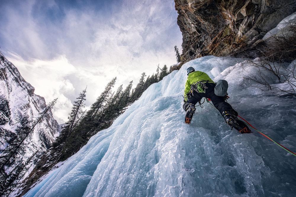 austin-trigg-ice-climbing-banff-lead-lake-louise-falls.jpg