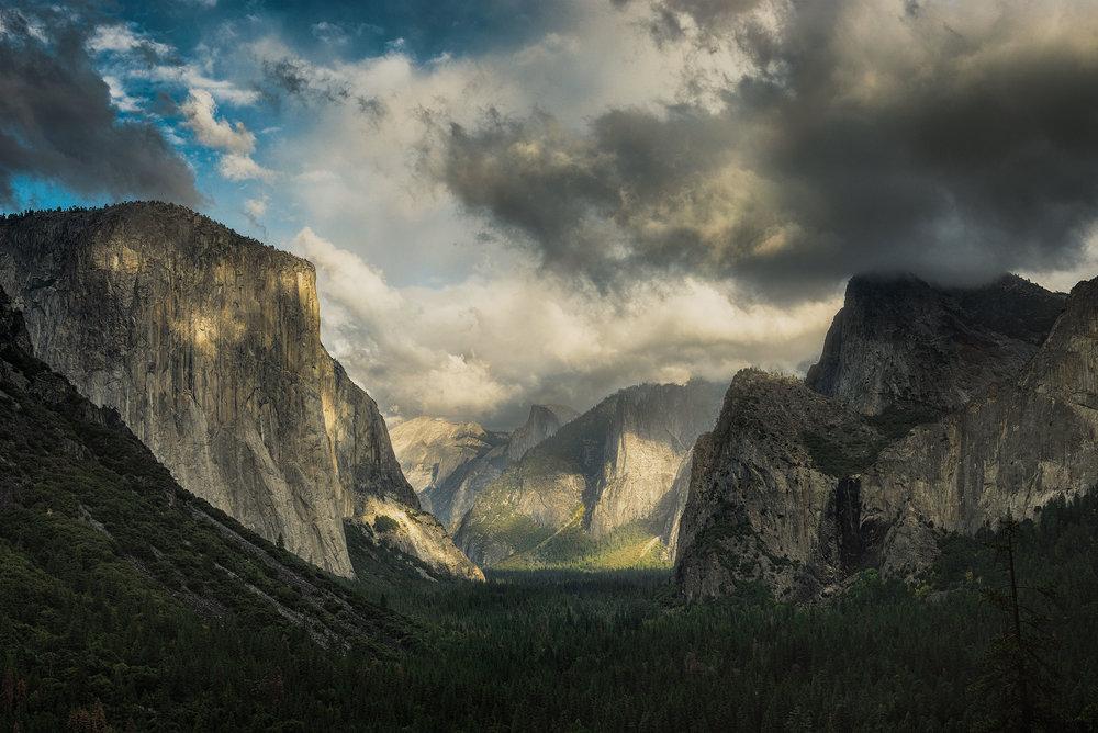 austin-trigg-yosemite-national-park-california-tunnel-view-valley-storm-clouds-adventure-landscape-half-dome-el-capitan.jpg