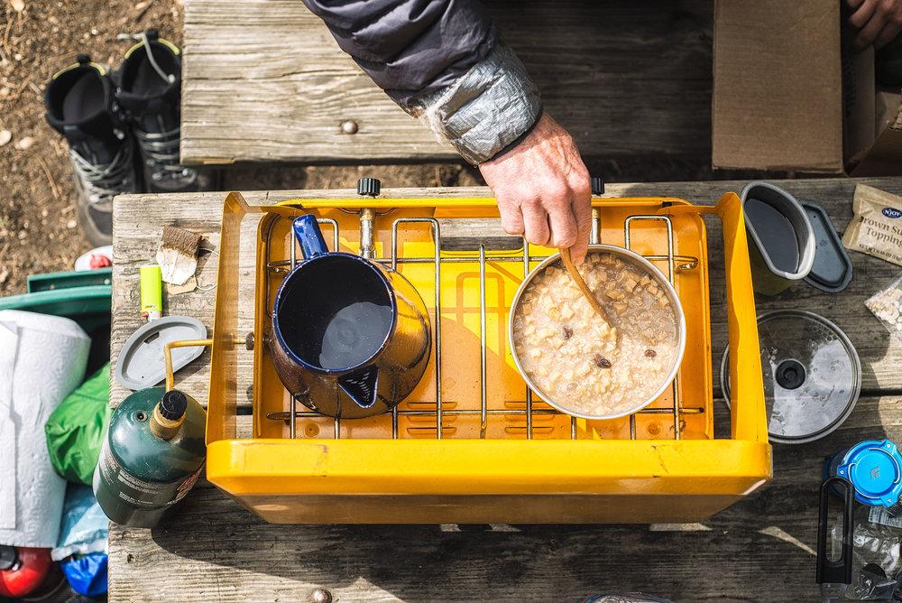 austin-trigg-yosemite-national-park-camp-stove-california-breakfast-oatmeal-hike-eat-adventure.jpg