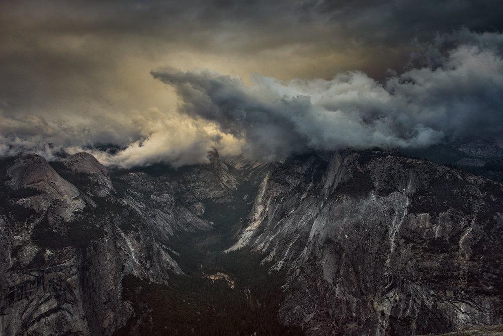 austin-trigg-yosemite-national-park-Glacier-point-valley-storm-clouds-tenya-canyon-california-adventure.jpg