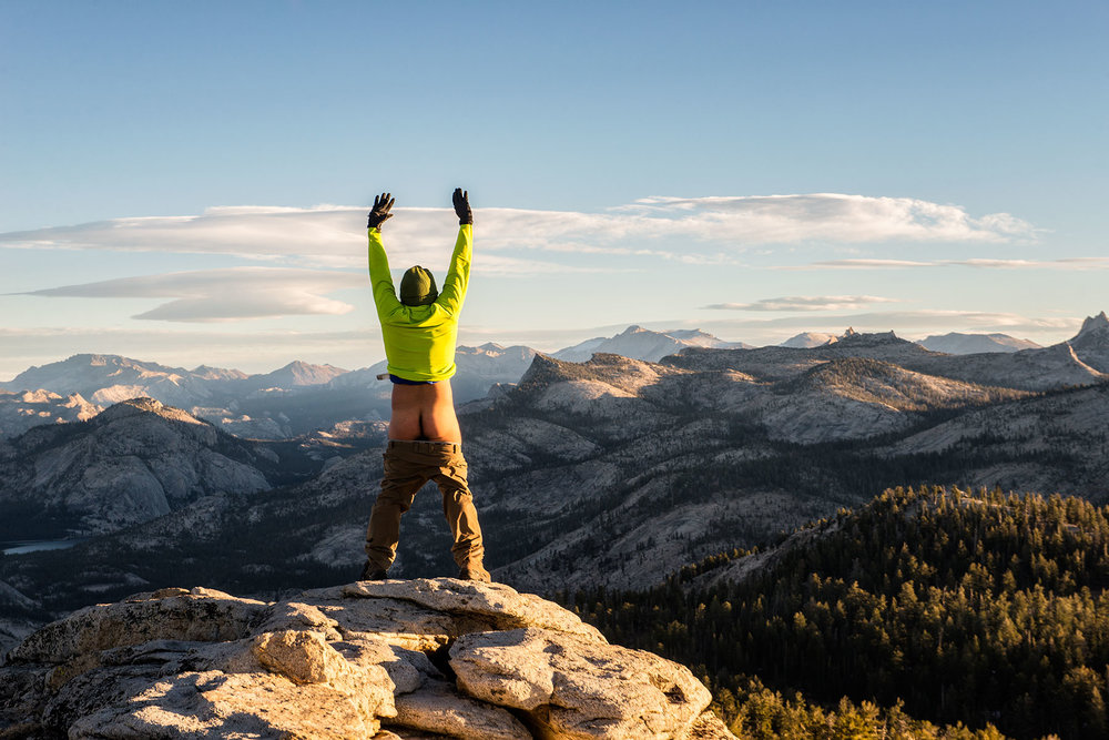 austin-trigg-yosemite-national-park-Peeing-wind-mountains-clouds-rest-california-adventure-hiking.jpg