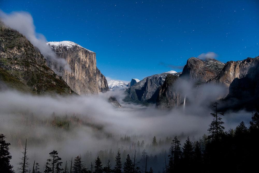 austin-trigg-yosemite-national-park-Tunnel-View-fog-snow-mountains-half-dome-el-capitan-calfornia-landscape-adventure.jpg