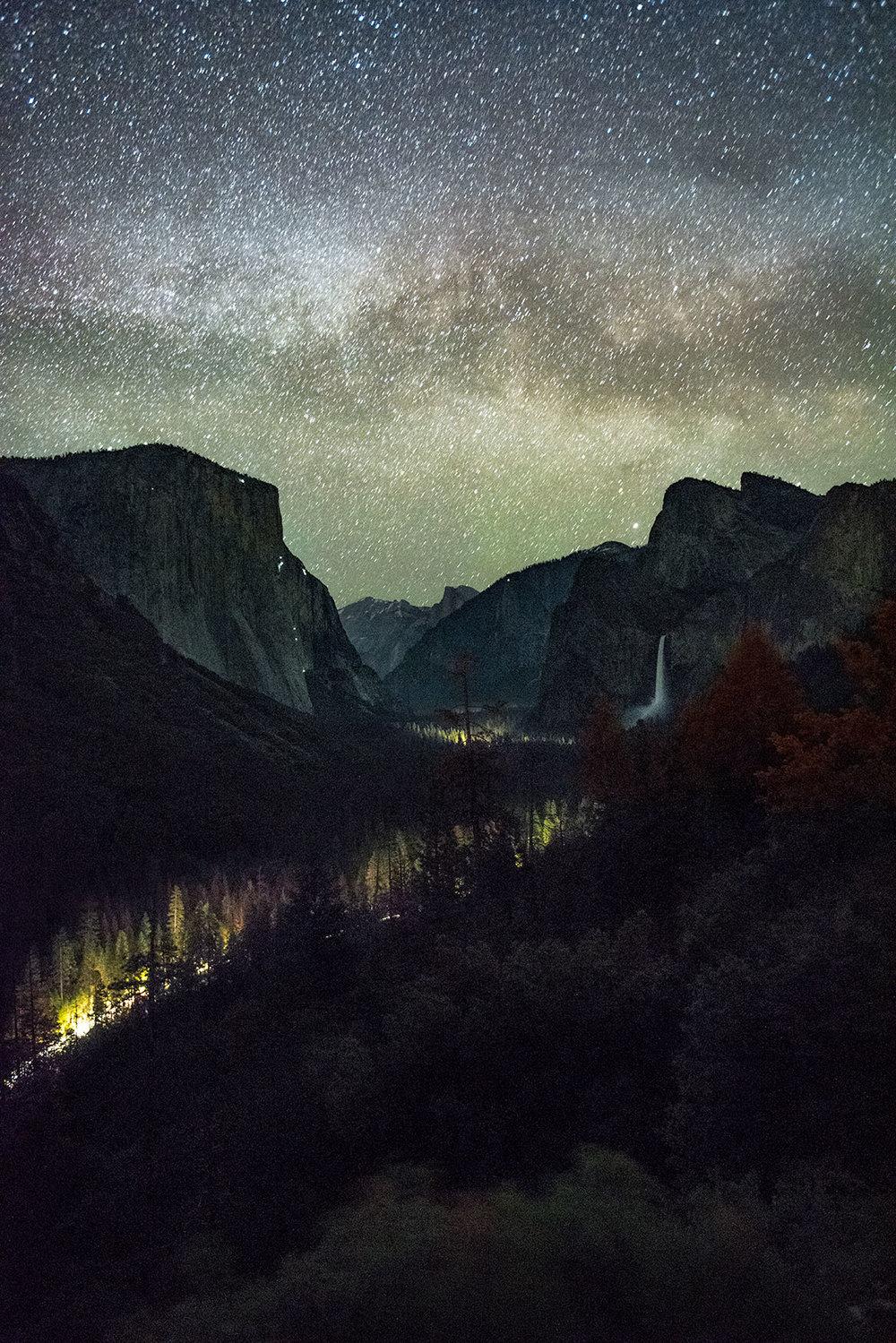 austin-trigg-yosemite-national-park-Valley-View-Night-long-exposure-milky-way-stars-california-adventure.jpg