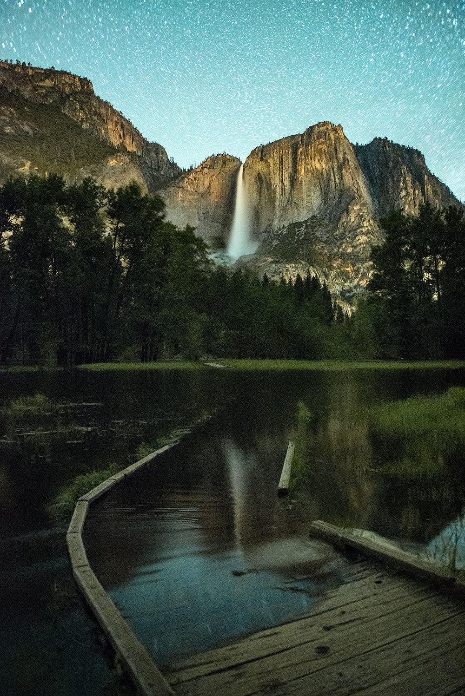 austin-trigg-yosemite-national-park-Yosemite-Falls-Boardwalk-water-waterfall-night-long-exposure-stars.jpg