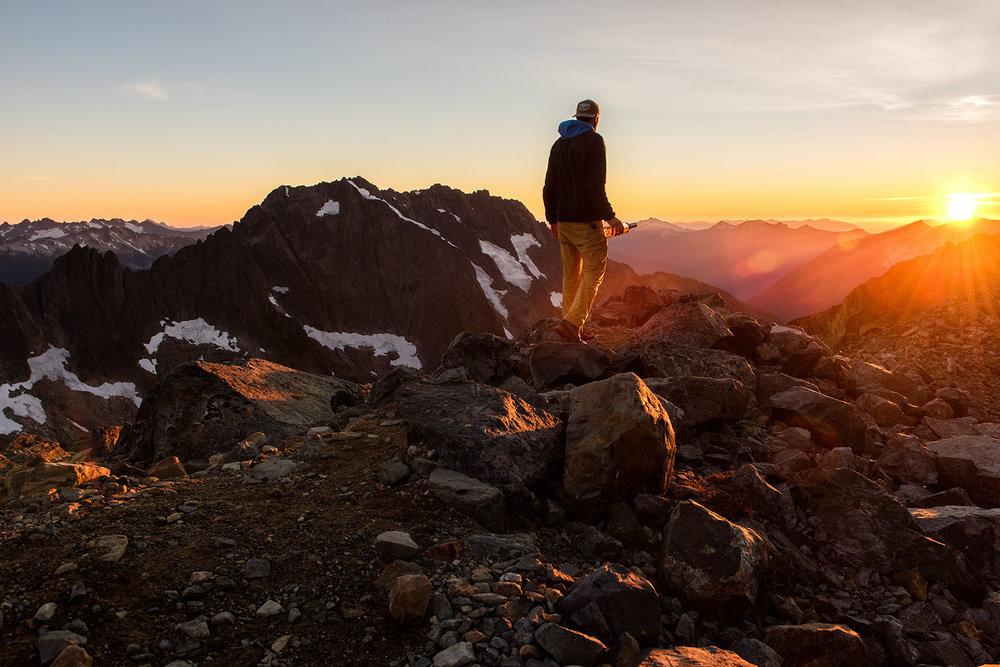 austin-trigg-whiskey-lifestyle-washington-hiking-sahale-arm-sunset-north-cascades.jpg