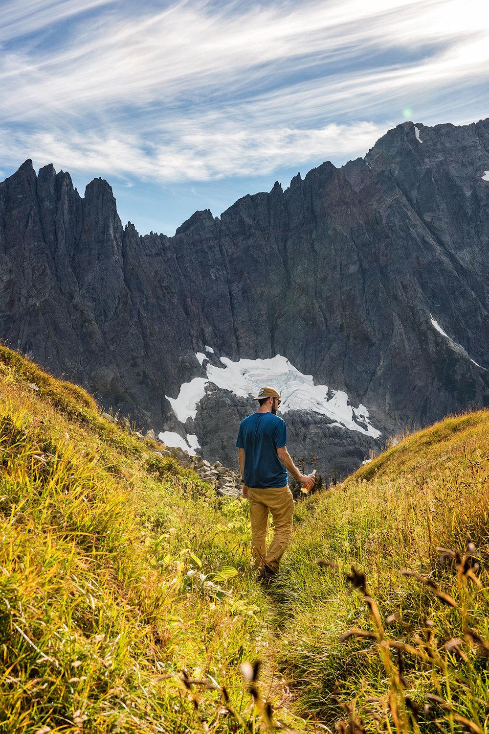 austin-trigg-whiskey-lifestyle-washington-sahale-arm-north-cascades-hiking.jpg