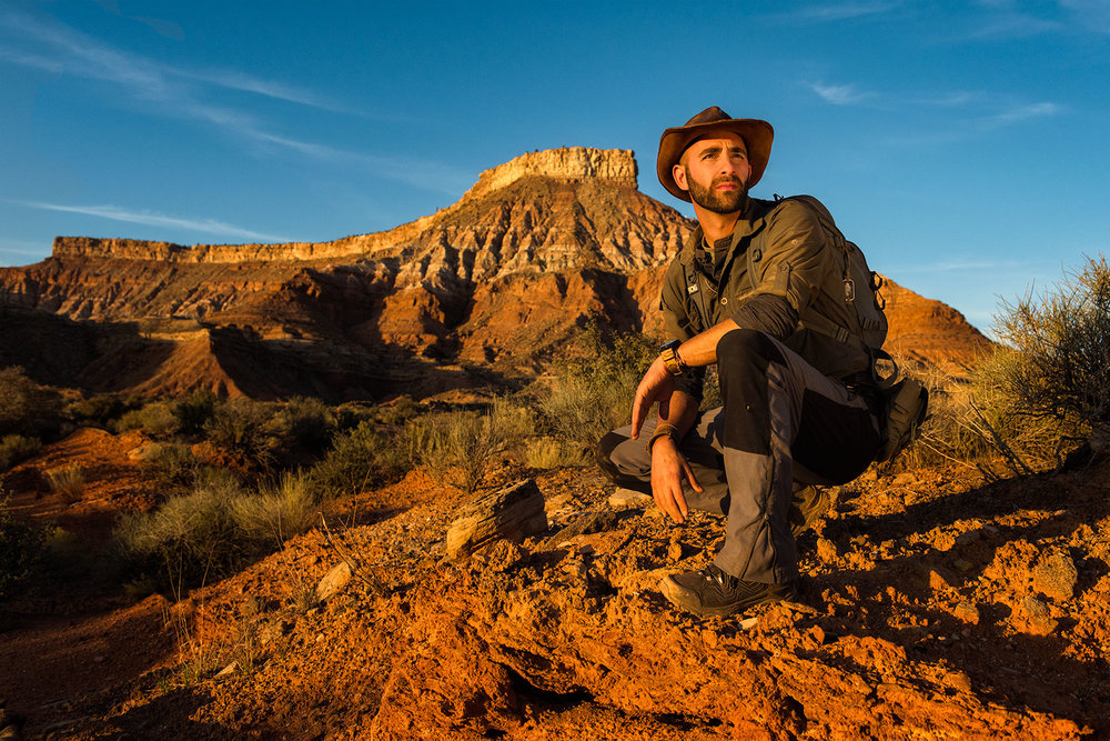 austin-trigg-brave-wilderness-utah-zion-Coyote-peterson-Roadside-skull-hunt.jpg