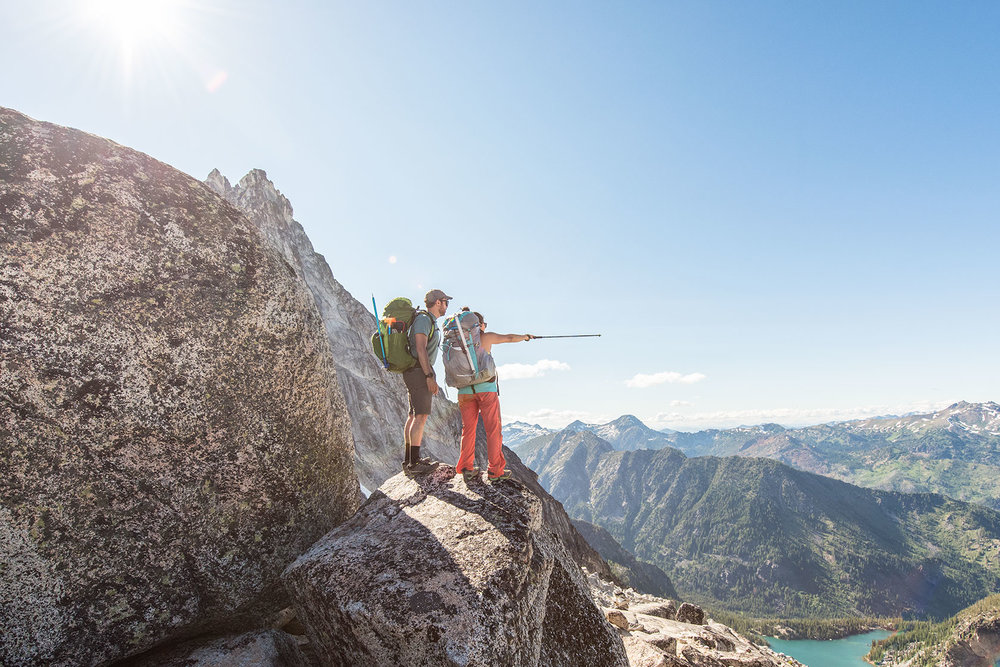 austin-trigg-osprey-hiking-backpacks-washington-lifestyle-morning-adventure-outdoor-active-hike-camp-sunrise-enchantments-point-adventure.jpg