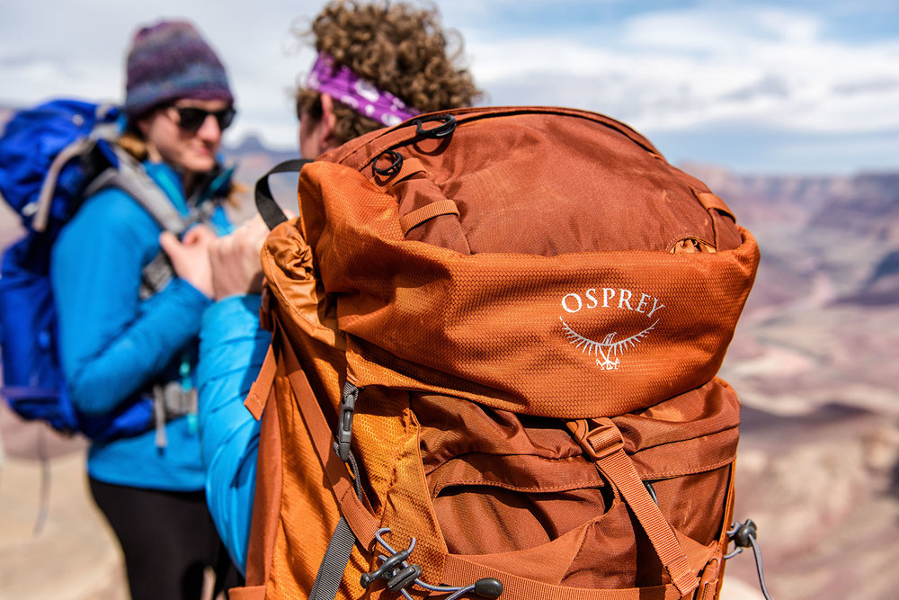 austin-trigg-osprey-hiking-backpacks-grand-canyon-hike-camp-desert-arizona-osprey-bag-morning.jpg