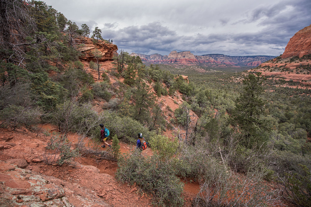 austin-trigg-patagonia-day-pack-arizona-sedona-desert-lifestle-product-backpack-adventure-hiking-landscape-clouds-canyon-valley.jpg
