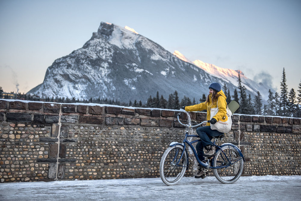 austin-trigg-patagonia-banff-alberta-winter-bicylce-ride-mt-rundle-bridge-snow-lifestyle.jpg