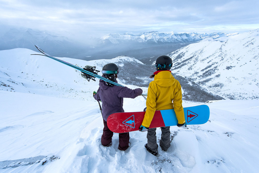 austin-trigg-patagonia-banff-alberta-winter-canada-lifestyle-adventure-mountains-lake-louise-mountains-valley.jpg
