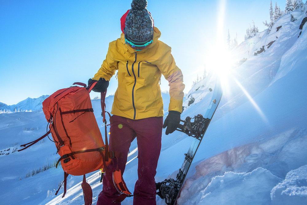 austin-trigg-patagonia-banff-alberta-winter-canada-lifestyle-adventure-mountains-rogers-pass-backpack-splitboard.jpg