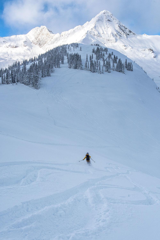 austin-trigg-patagonia-banff-alberta-winter-canada-lifestyle-adventure-mountains-rogers-pass-skiing-touring-backcountry.jpg