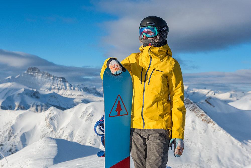 austin-trigg-patagonia-banff-alberta-winter-lake-louise-ski-resort-canada-lifestyle-adventure-mountains-powder-snow-snowboarding.jpg