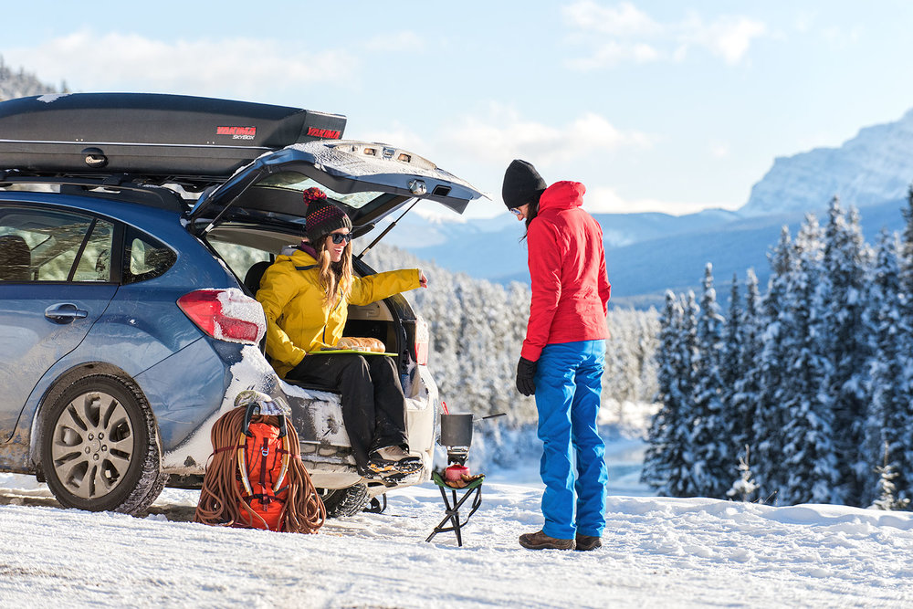 austin-trigg-patagonia-banff-alberta-winter-lifestyle-cooking-fondue-roadside-mornats-curve-sunset-mountains.jpg