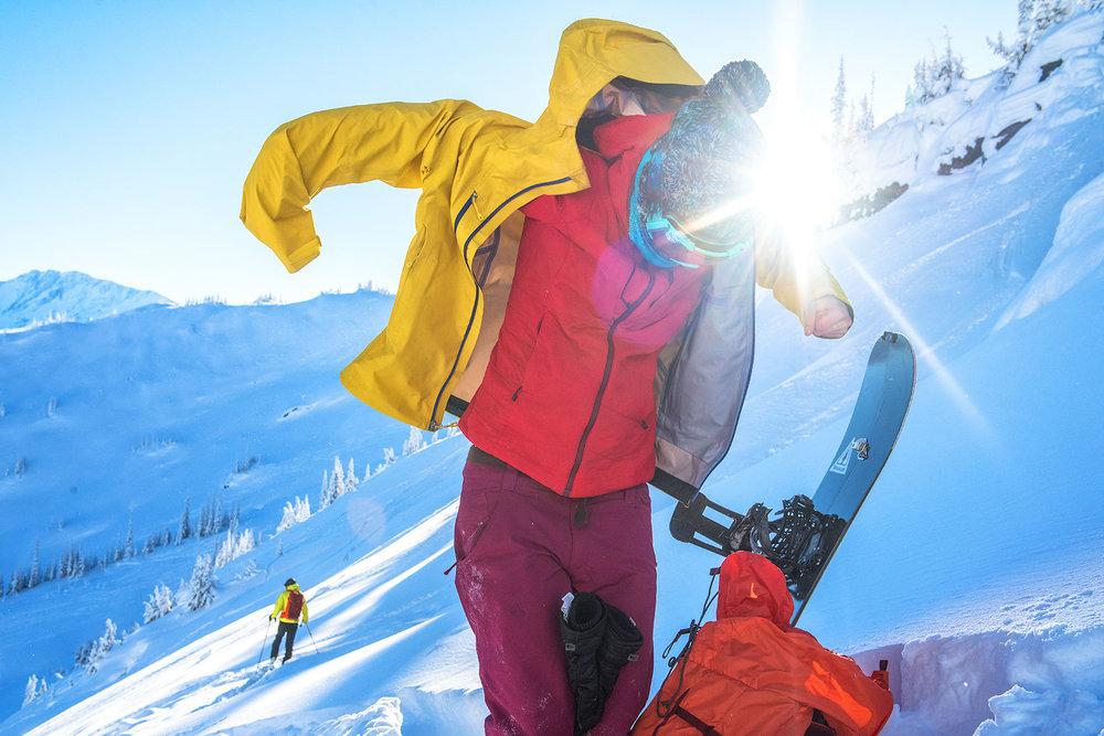austin-trigg-patagonia-banff-alberta-winter-rogers-pass-british-columbia-canada-lifestyle-adventure-mountains-jacket.jpg