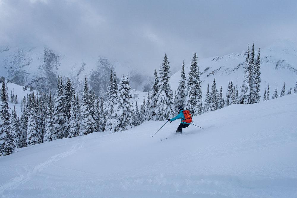 austin-trigg-patagonia-banff-alberta-winter-rogers-pass-canada-lifestyle-adventure-mountains-powder-run.jpg