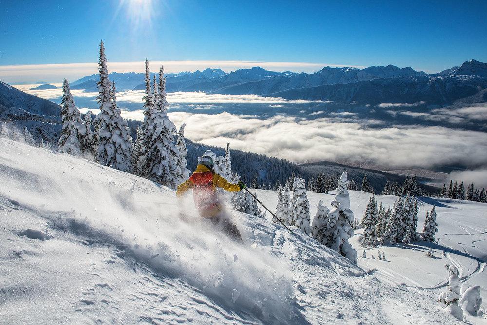 austin-trigg-patagonia-banff-alberta-winter-shred-revelstoke-bc-british-columbia-mountains-valley-snow-skiing-touring-backcountry-adventure-inversion.jpg
