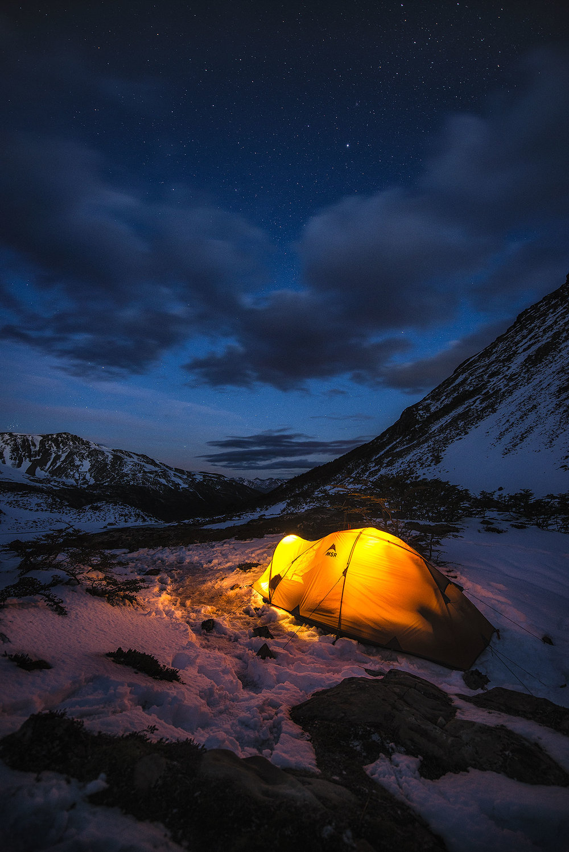 austin-trigg-patagonia-adventure-MSR-tent-camping-Lago-del-Salto-Dientes-isla-navarino.jpg