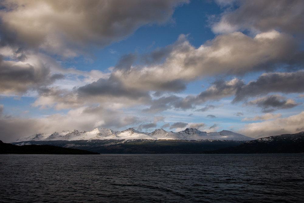 austin-trigg-patagonia-adventure-Magellan-Strait-beagle-channel-sunset-moutnains.jpg