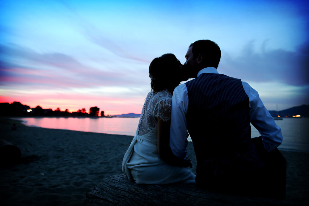 HONEYMOONS & Vow Renewals -