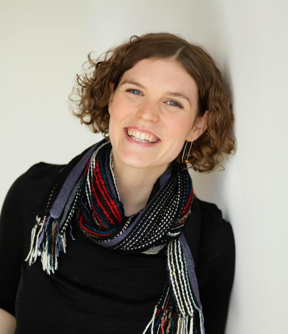 Alex James - works as a postpartum doula and nutritionist in downtown Toronto. She is proud to be part of the team at Your Downtown Doula.