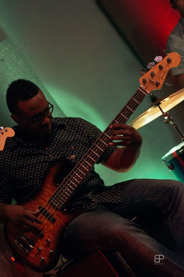 bass pic 1.jpg