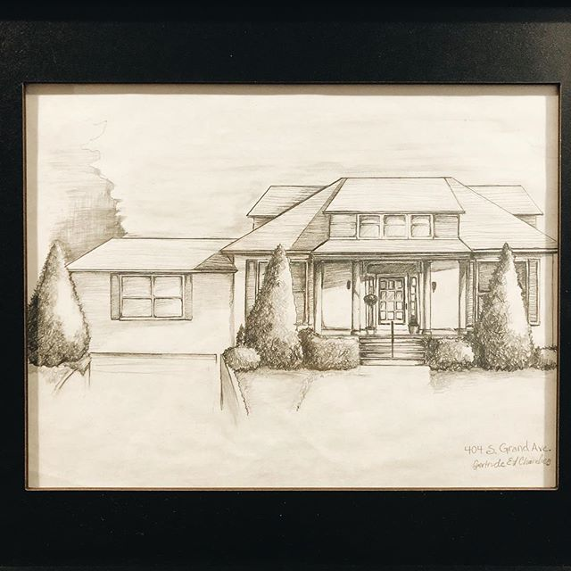 My family is my everything. Yesterday my mom sent me a sketch that was done of my grandparents home in Kentucky. This house held so many special memories for all the kids, grandkids, great grand kids, aunts, uncles, cousins and friends that spent time there making cocktails and playing backyard volleyball. My grandparents were the most welcoming and generous of people and that feeling of home is what I strive to have my own house feel like one day. For that reason, this is the only thing that has made it onto our walls thus far and I love that it is a constant reminder that it is not just the decor that makes a place feel special, but the people who fill it. ❤️#remodel #homesweethome #homeiswheretheheartis #housesketch #art