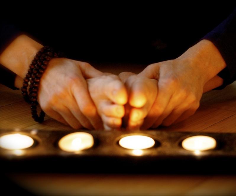 Candlelight-Yoga-1-1.jpg