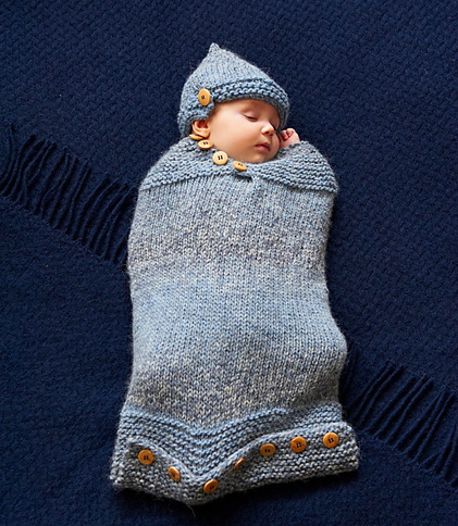 baby cozy - Something toasty and snuggly and protective. A beer cozy, but for babies. A Baby Cozy.0-6 months.Enter your email address below to receive this free pattern in your inbox.