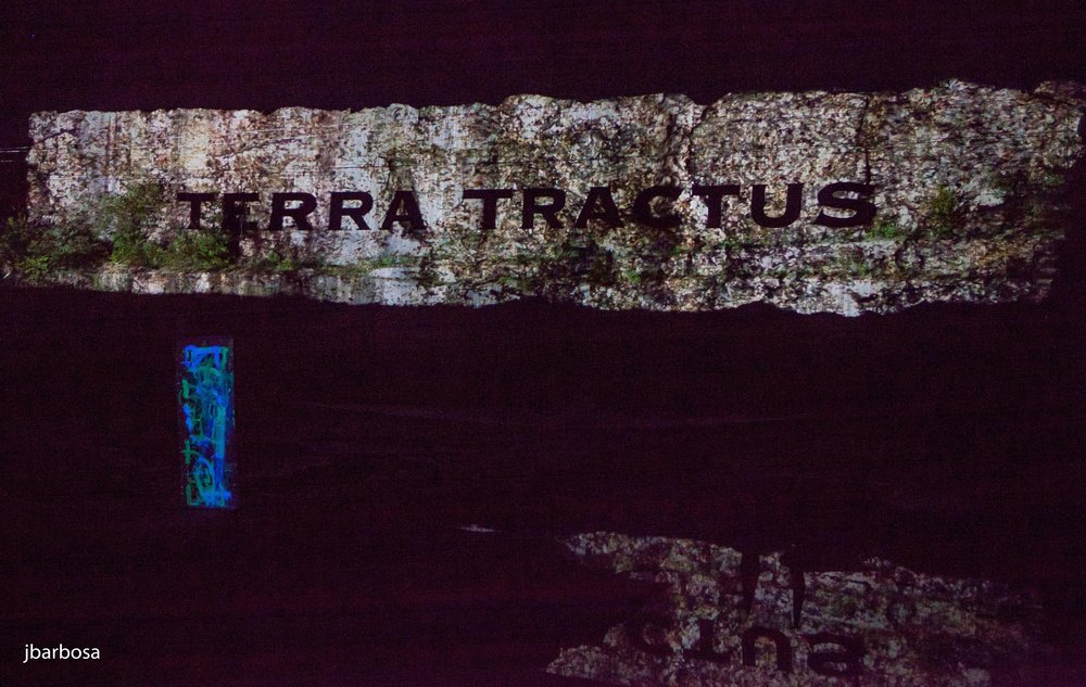 terra tractus-jlb-06-27-14-1786w.jpg