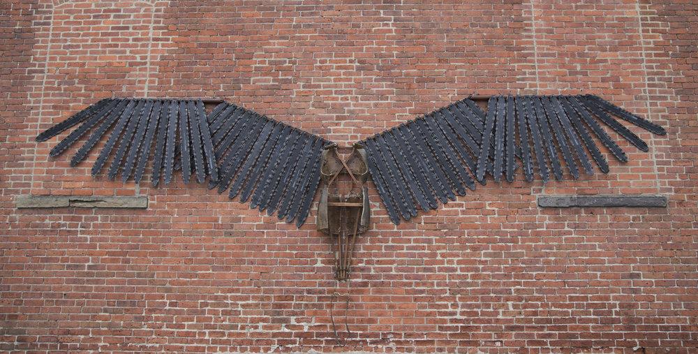 Silas_wingsuit_07.jpg