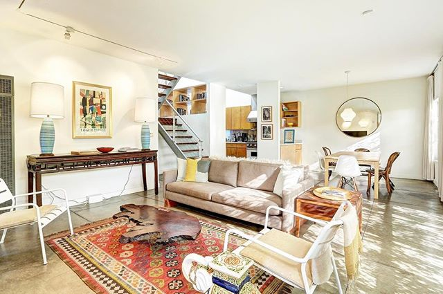 Just listed: Architectural Venice Triplex in the heart of Silicon Beach. Steps from the beach and Abbot Kinney. 3 loft-style units, each with open floor plan, inside laundry, and private outdoor patios. 7 car garage parking. Offered at: $3,095,000 #realestate #investment #property #venice #siliconbeach #triplex #bright #openhouse #LA #losangeles #realtor #home #nowhomes